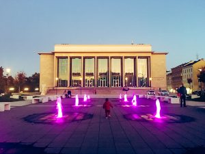 Fountain In Front of Janáček Theatre Turns Pink To Fight Cancer