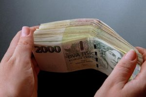 Parties To Negotiate In Trial of Brno-Jundrov Accountant Who Stole CZK 8 Million