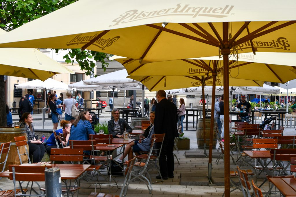 Prices of Restaurant Lunches Rise – But Fewer Czechs Are Eating Out