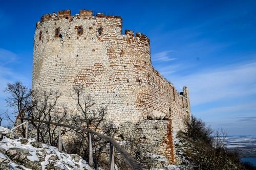 devicky-castle-Pavlov-ruins-credit-KB-BD (2)