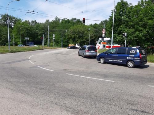Crossing at Kamenolom Intersection in Bystrc BD (3)